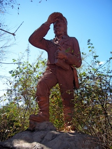 David Livingstone statue @ Victoria Falls