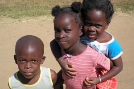 Kids on street in Zambia