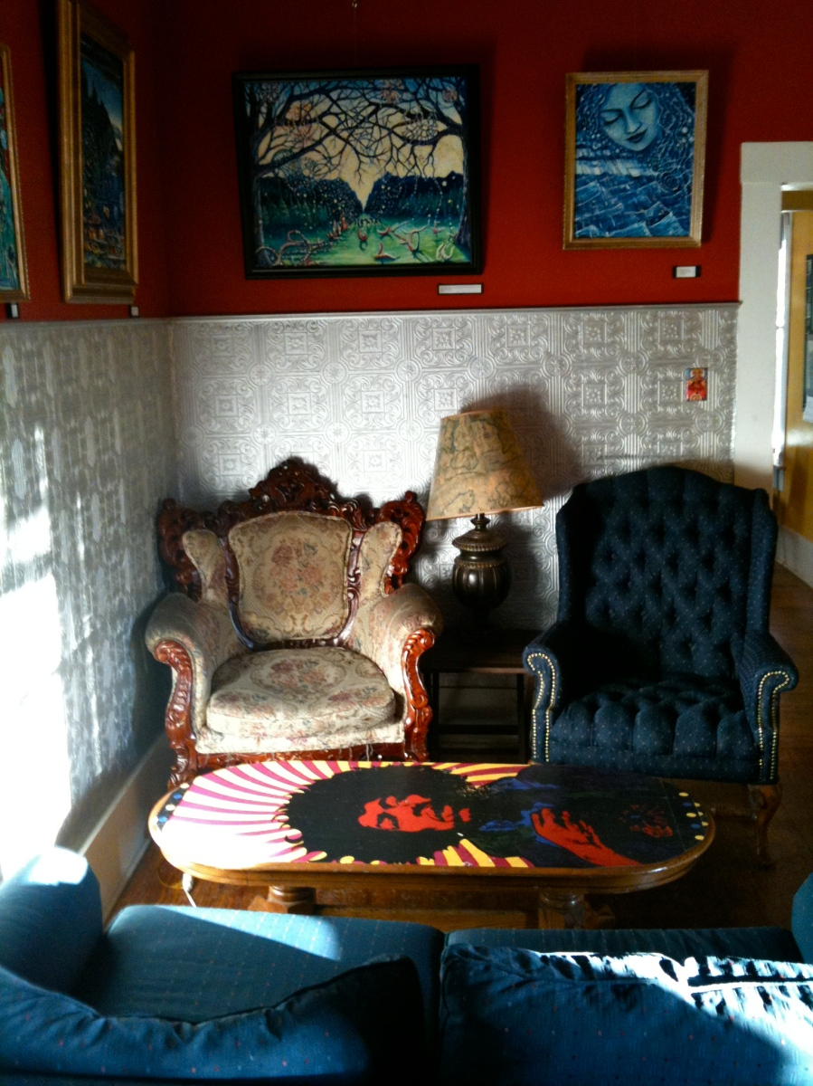 San Marcos: Tantra Coffeehouse sitting room
