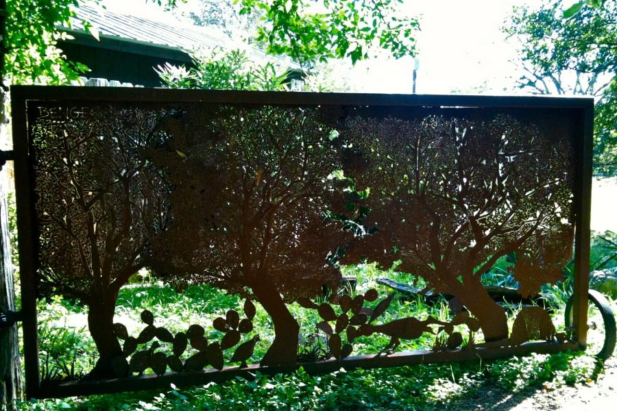Wimberley art gate