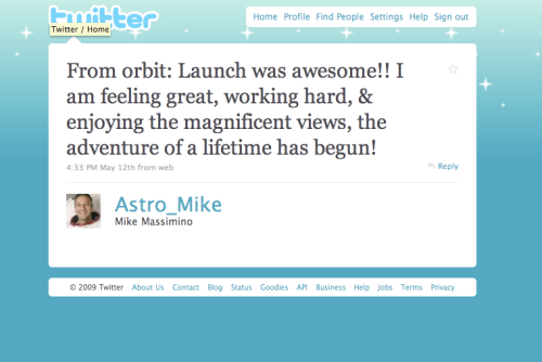 STS-125: First ever tweet from space