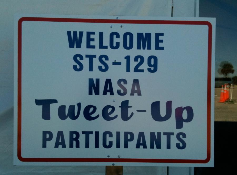 Tweet-up sign
