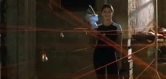 Catherine Zeta-Jones gets the prize!