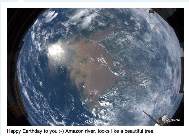 @Astro_Soichi: Happy Earth Day to you.