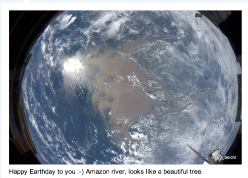 @Astro_Soichi: Happy Earth Day to you.