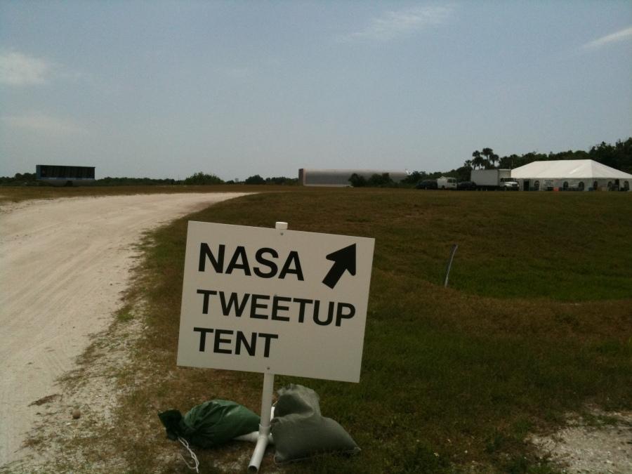 Way to Tweetup tent