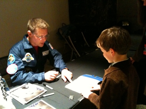 @Astro_Wheels talking to a future Mars-onaut at the NASA tweetup