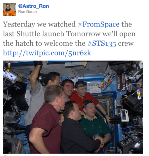 @Astro_Ron tweets pic of Space Station crew watching launch