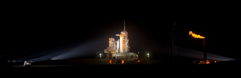 STS133 Space Shuttle Discovery. Photo: NASA/Bill Ingalls