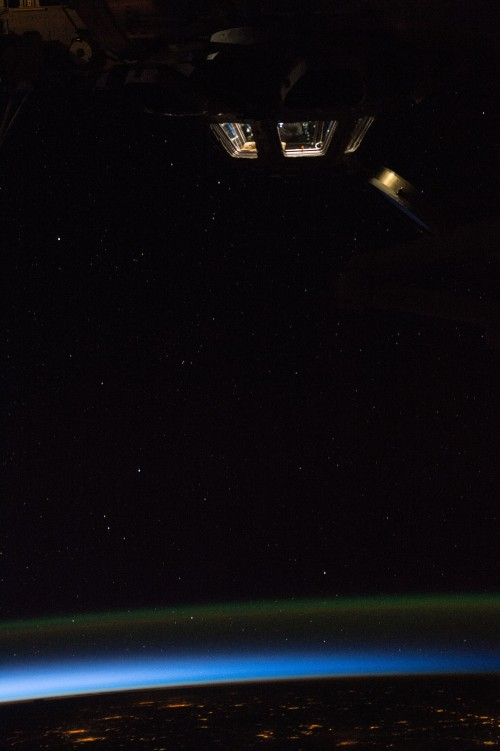 Space Station sunrise during Expedition 43